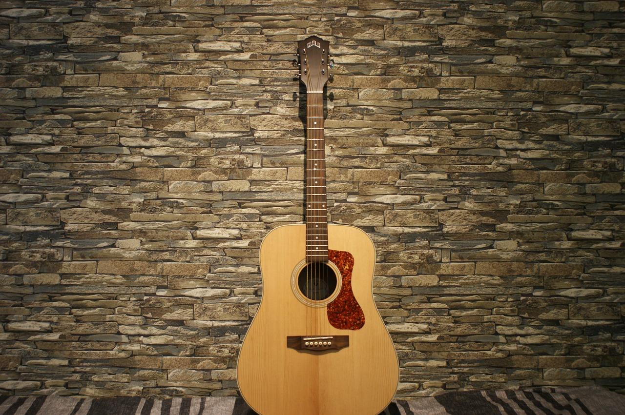 Gitara w domu – przechowywanie i aranżacja przestrzeni